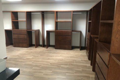 Construimos la casa de tus sueños con acabados de lujo en Lomas de Angelópolis 16
