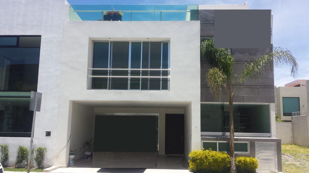 Casa en venta 3 recamaras y Estudio Fracc La Cima