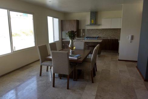 Casa tipo TownHouse en venta 3 Recamaras Arboledas de Zavaleta 4