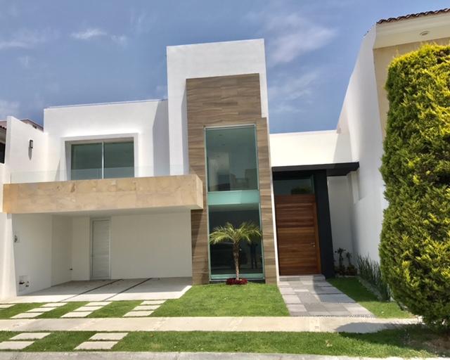 Casa amplia en venta 3 recamaras Vista Real