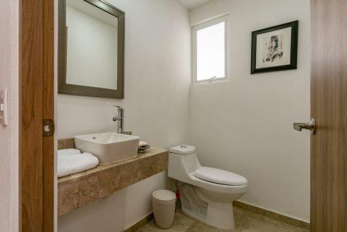 Casa en venta 3 recamaras Parque Ibiza con alberca Lomas de Angelópolis 14