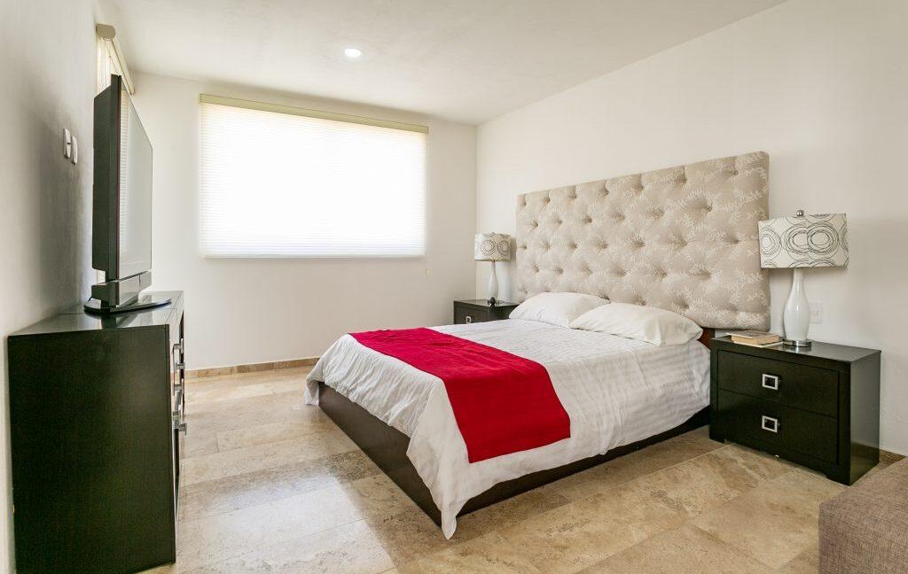 Casa en venta 3 recamaras Parque Ibiza con alberca Lomas de Angelópolis 17