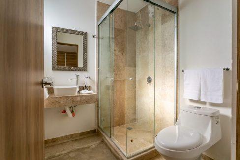 Casa en venta 3 recamaras Parque Ibiza con alberca Lomas de Angelópolis 18