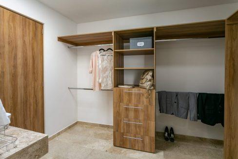 Casa en venta 3 recamaras Parque Ibiza con alberca Lomas de Angelópolis 23