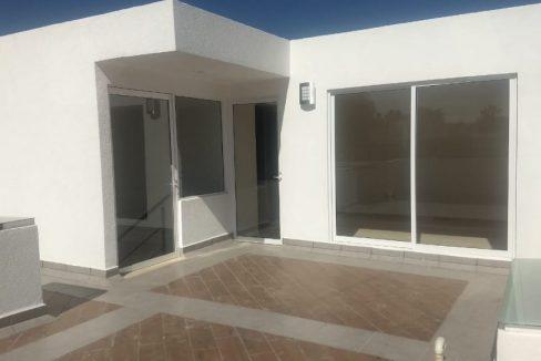 Casa en venta 3 recamaras Parque Ibiza con alberca Lomas de Angelópolis 26