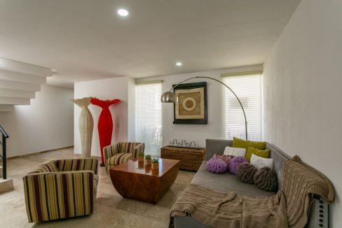 Casa en venta 3 recamaras Parque Ibiza con alberca Lomas de Angelópolis 4