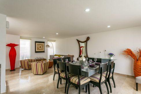 Casa en venta 3 recamaras Parque Ibiza con alberca Lomas de Angelópolis 8