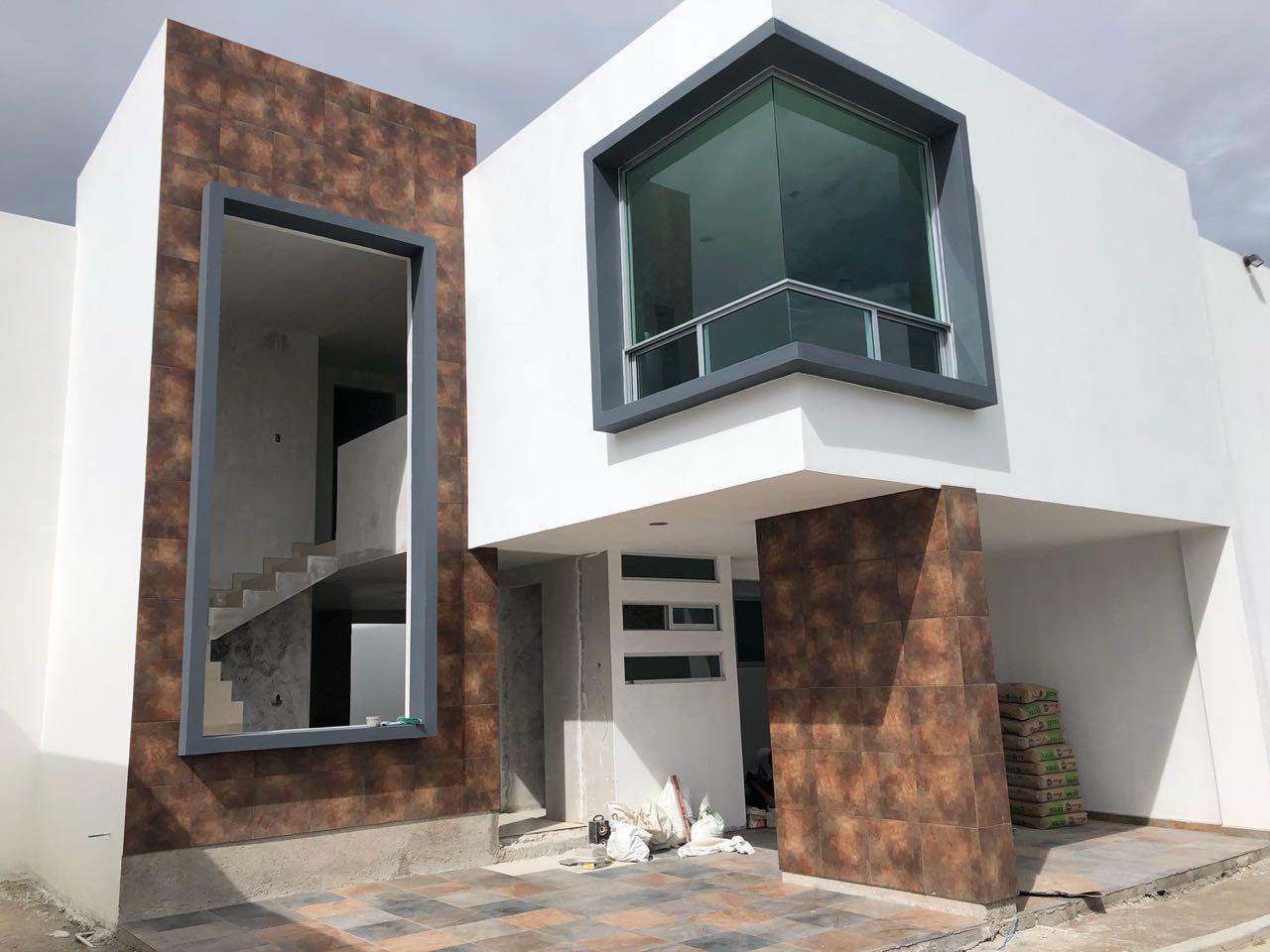 Venta casa con 3 recamaras amplias a 2 minutos de la UVM San Andres Cholula