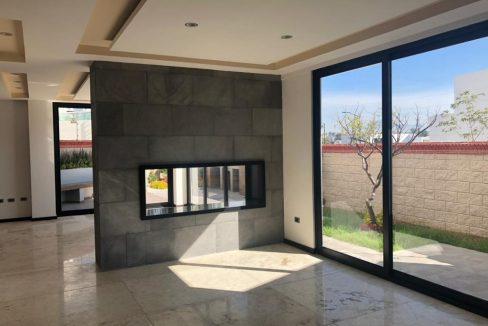 Casa en venta Parque Hidalgo Lomas de Angelopolis cluster con alberca 10