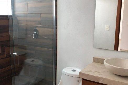 Casa en venta con 3 recamaras excelente distribución Parque Sonora Lomas de Angelópolis 6