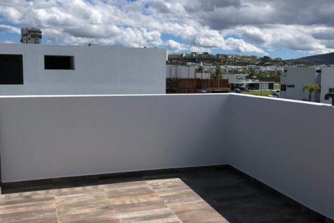 Casa en venta con 3 recamaras excelente distribución Parque Sonora Lomas de Angelópolis 7
