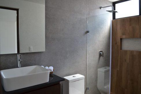Renta casa con 3 recamaras Parque Chihuahua Lomas de Angelopolis Residencia en esquina con vista a los volcanes y con tres niveles 18
