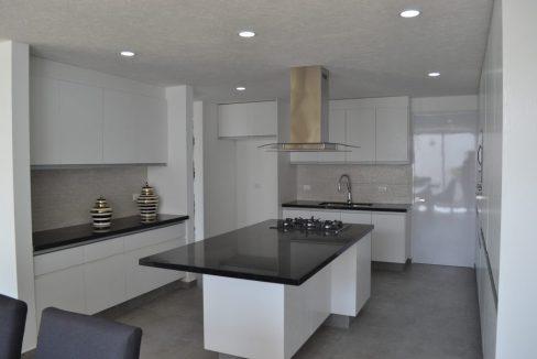Renta casa con 3 recamaras Parque Chihuahua Lomas de Angelopolis Residencia en esquina con vista a los volcanes y con tres niveles 5
