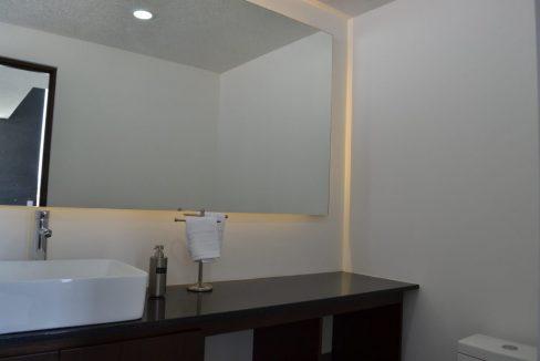 Renta casa con 3 recamaras Parque Chihuahua Lomas de Angelopolis Residencia en esquina con vista a los volcanes y con tres niveles 7