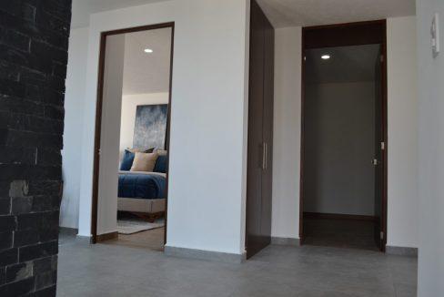 Renta casa con 3 recamaras Parque Chihuahua Lomas de Angelopolis Residencia en esquina con vista a los volcanes y con tres niveles 9