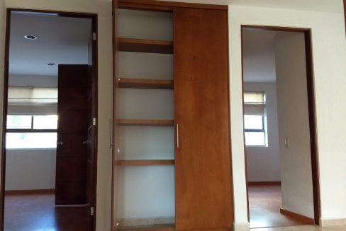 Venta casa 3 recamaras y estudio Privanza Lomas de Angelopolis cluster con alberca 12