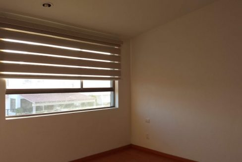 Venta casa 3 recamaras y estudio Privanza Lomas de Angelopolis cluster con alberca 13