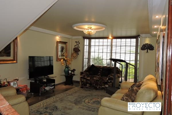 Casa en venta con 4 niveles y 4 recamaras Residencial Cafetales Coyoacan 5