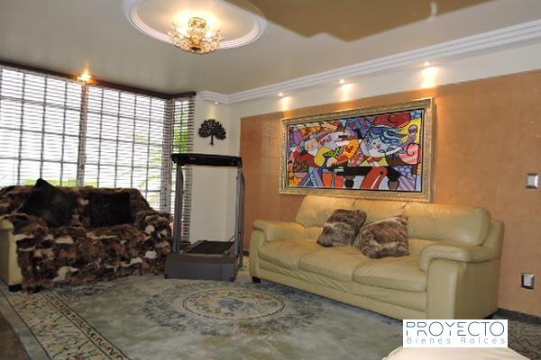 Casa en venta con 4 niveles y 4 recamaras Residencial Cafetales Coyoacan 6
