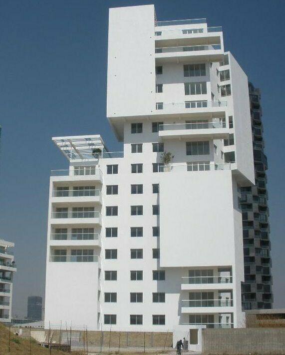 Renta departamento 3 recamaras Torre Mossa zona Lomas de Angelopolis Puebla