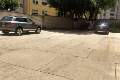 Venta departamento con 3 recamaras 2 estacionamientos Fuentes del Pedregal 3