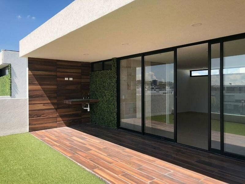 Casa en venta de 4 recamaras Parque Zacatecas Lomas de Angelopolis 14