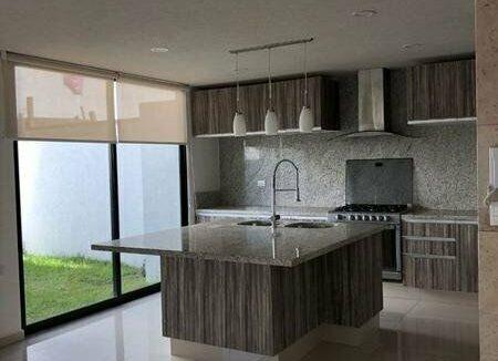 Casa en venta de 4 recamaras Parque Zacatecas Lomas de Angelopolis 3