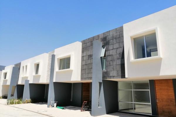 Venta casa 3 recamaras Residencial BEQAA Granjas Puebla 2