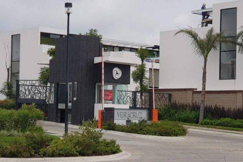 Venta lote residencial esquina Parque Veracruz Lomas de Angelopolis Puebla 1 - 1