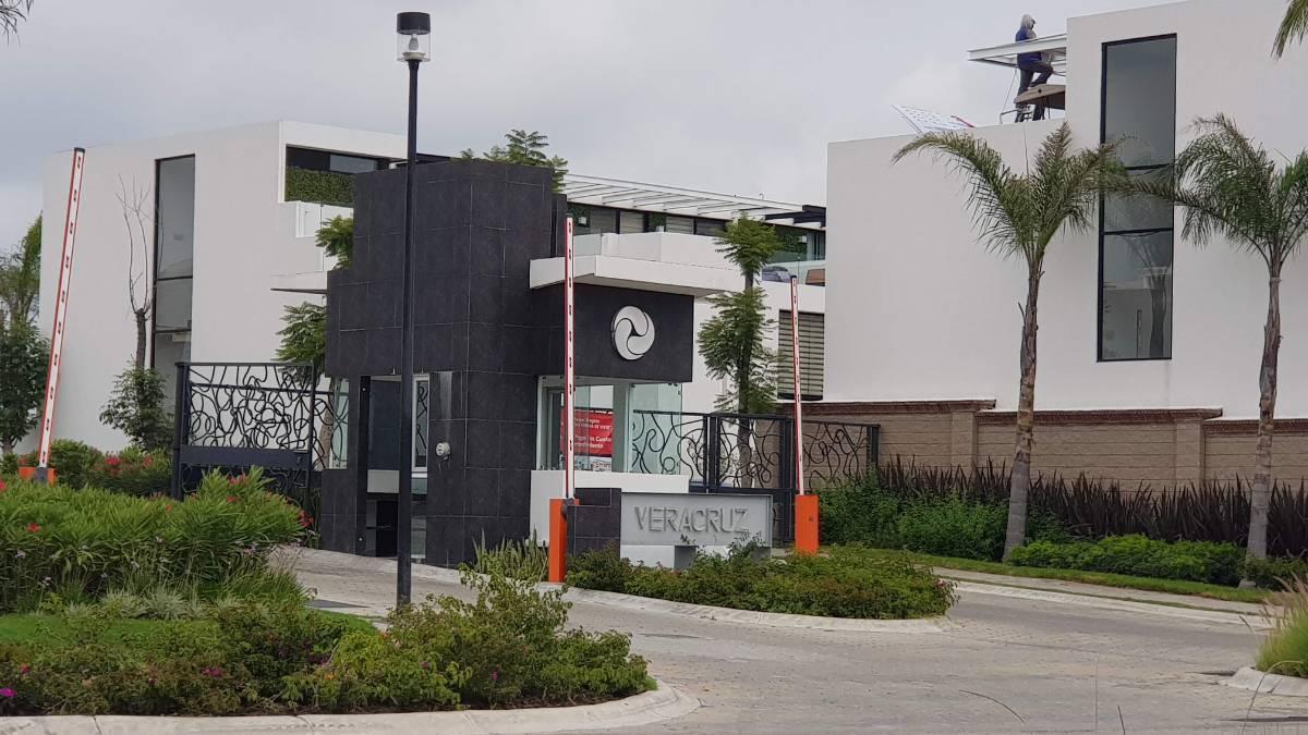 Venta lote residencial esquina Parque Veracruz Lomas de Angelopolis Puebla