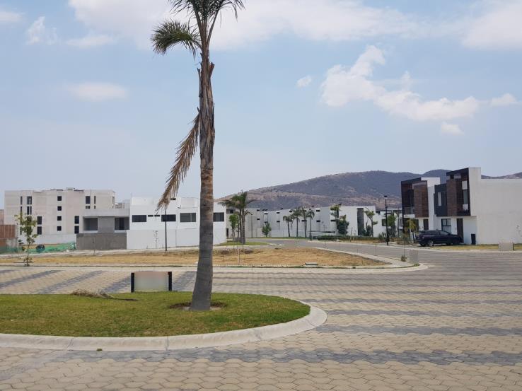 Venta lote residencial esquina Parque Veracruz Lomas de Angelopolis Puebla 1