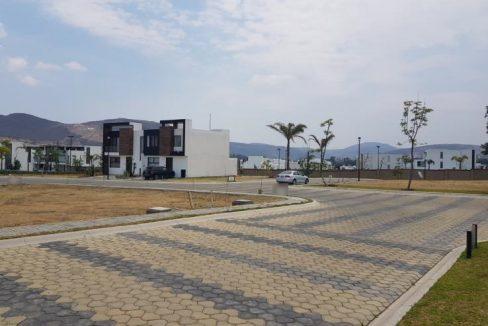 Venta lote residencial esquina Parque Veracruz Lomas de Angelopolis Puebla 2