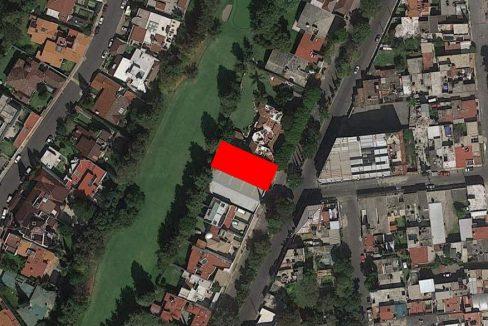 Terreno en venta con construcción para demoler Club de Golf las Fuentes Puebla 2