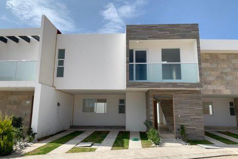 Venta casa 3 recamaras modelo Itzia Parque Ibiza Lomas de Angelopolis Puebla 1