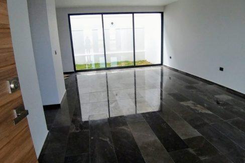 Venta casa en esquina 3 recamaras Fraccionamiento Victoria Queen San Pedro Cholula ipbr 3